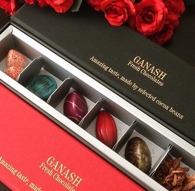 شکلات جعبه ای